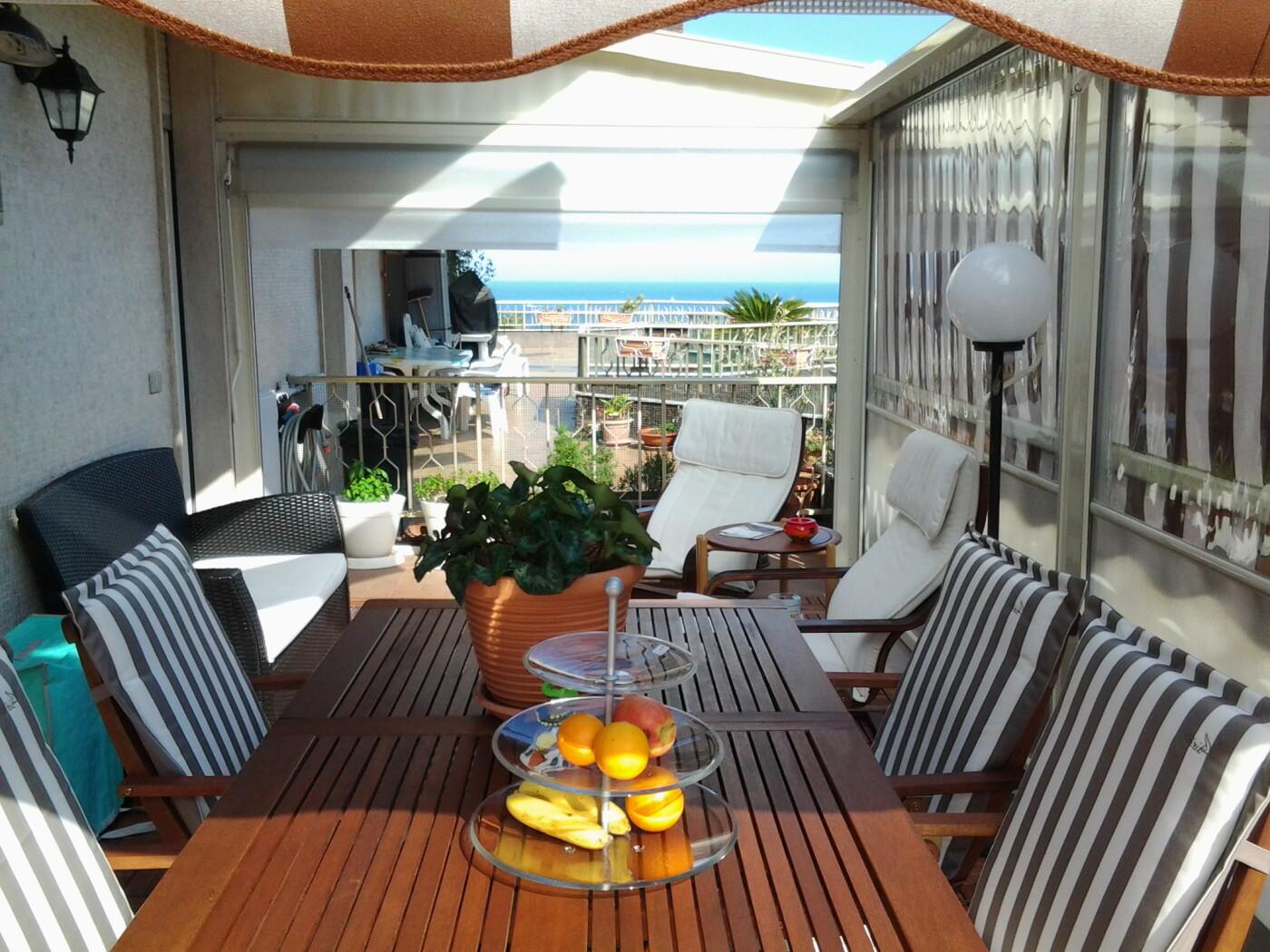 1-terrazzo-soggiorno-1